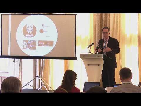 Snímek z videa Sean S. Costigan na konferenci IS2
